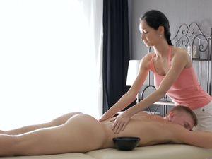 Masseuse Pussy Pleasures His Big Cock Erotically