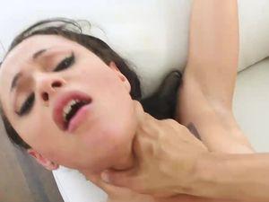 Fucking Hot Ass Slut Holly Hendrix Is Sexy Fun